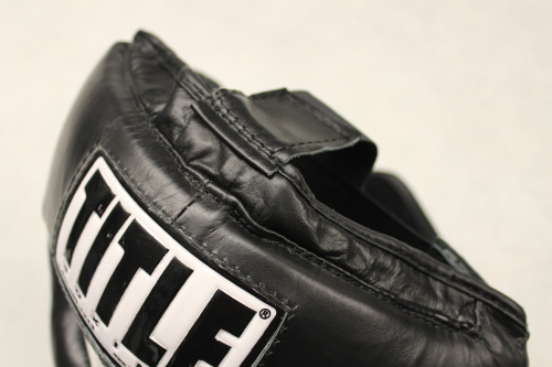 Title Pro Full Face Training Headgear Review - Top strap detail of the headgear
